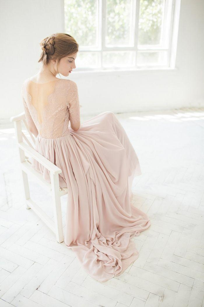 زفاف - 10 Gorgeous Blush Wedding Gowns