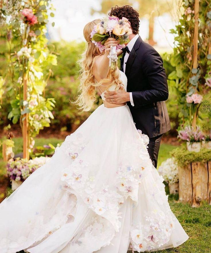 Belle the magazine on instagram wedding kiss goals via belle the magazine on instagram wedding kiss goals via photographer chardphoto junglespirit Image collections
