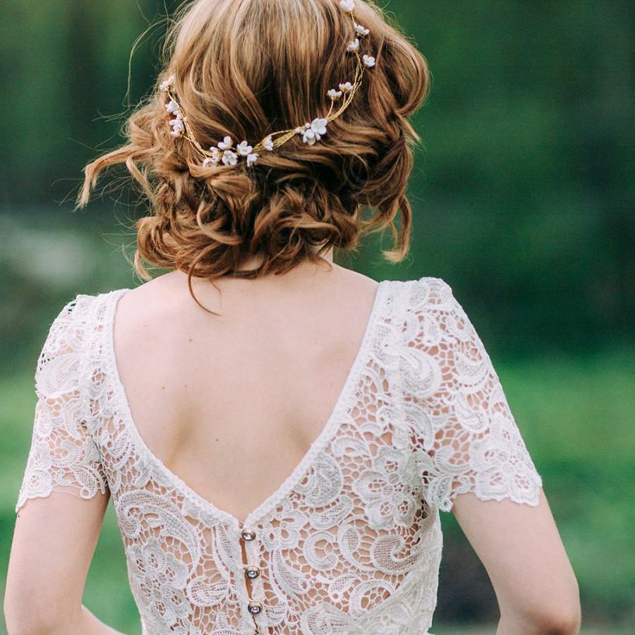 Wedding - Delicate Blossom Wreath