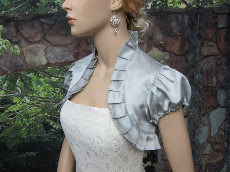 Mariage - Silver short sleeve satin wedding bolero jacket shrug