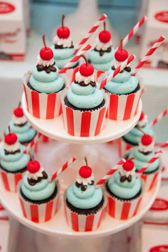 Mariage - Cupcakes for a Rockabilly Theme