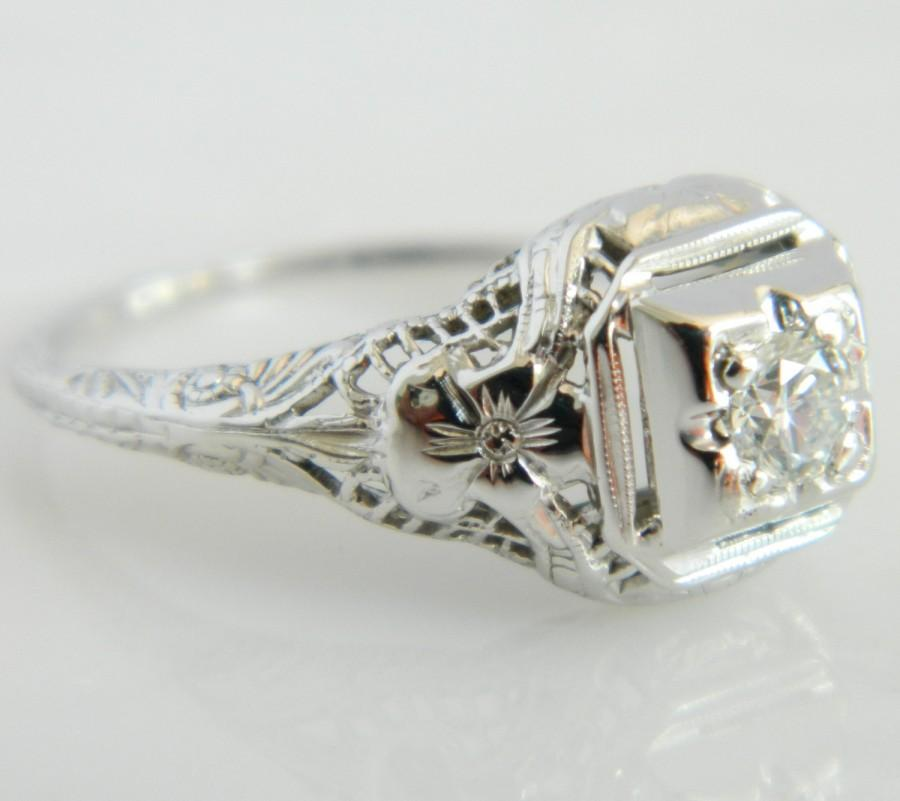 Mariage - Beautiful Art Deco 18K White Gold Diamond Enagement Ring