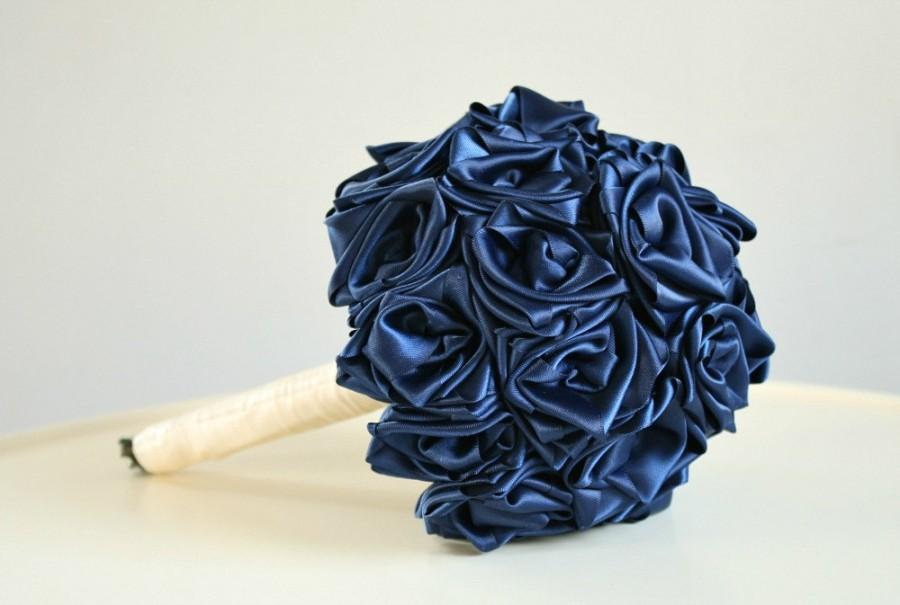 Mariage - Navy Bouquet, Hand Sewn Satin Roses Bouquet