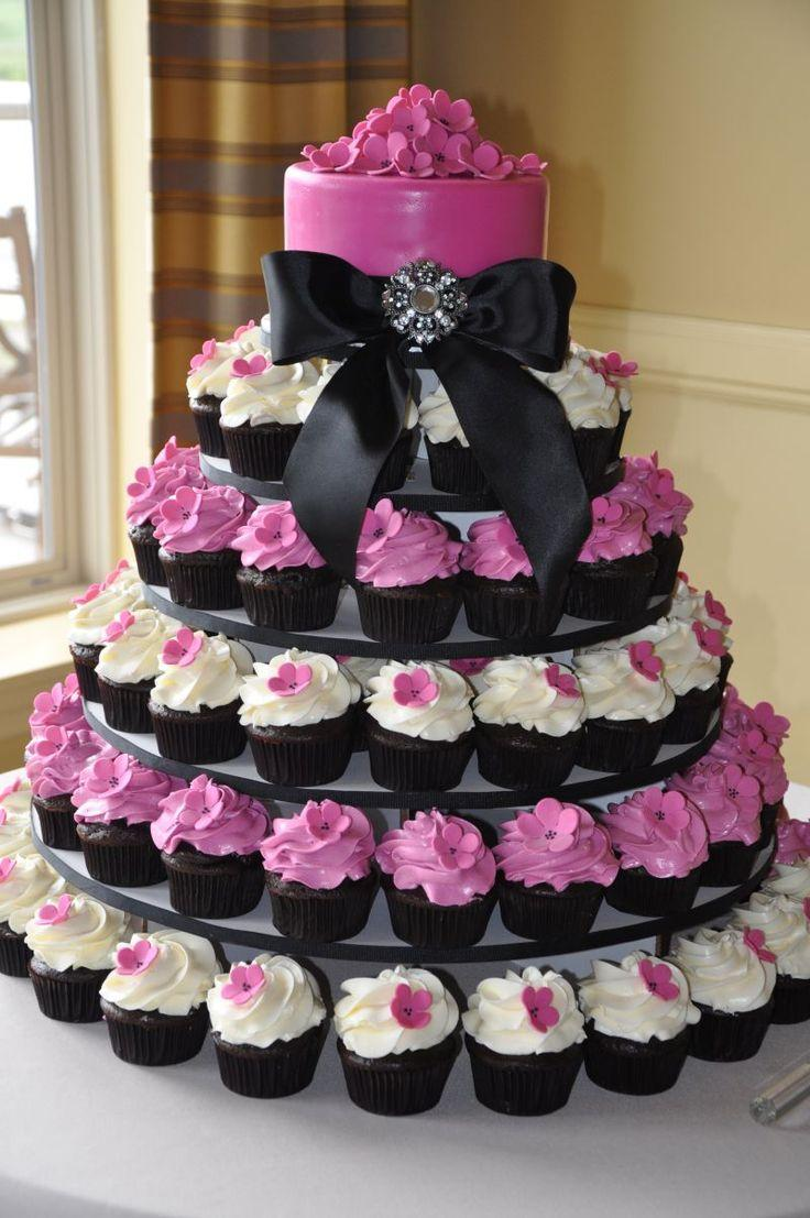 Hochzeit - Let Them Eat Cake...