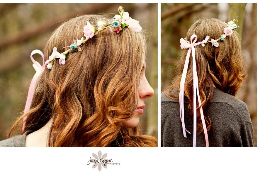Свадьба - Bridal Hair Wreath Wedding Accessories -Sara- flower crown pale Pink silk flowers Wedding bridal photo prop faux circlet hair head wreath