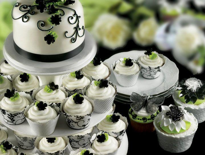 Hochzeit - Black and White Cake