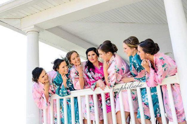 Wedding - SALE! Set of 5 Robes,  Bridesmaid Gift, Bridesmaid Robe, Kimono, Bridesmaids Party Robes, Bridal Shower Robe, Fast Shipping from New York