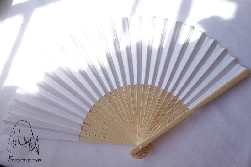 Свадьба - White paper fan for wedding guests,before 3.00 Now1.50,harry up!