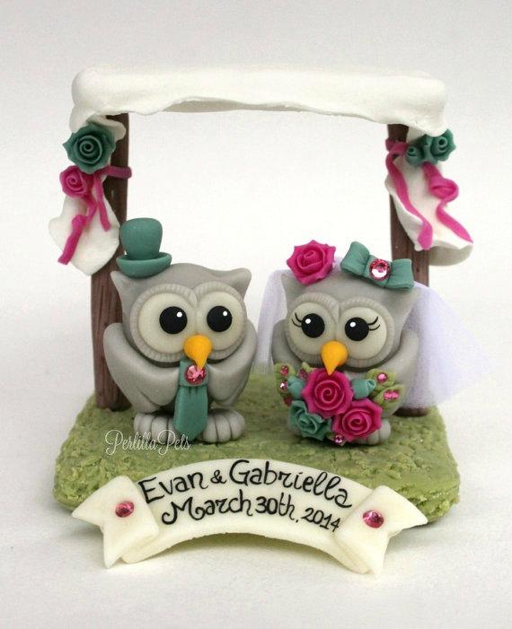زفاف - Chuppah wedding cake topper, owls love birds bride and groom, customizable, with banner
