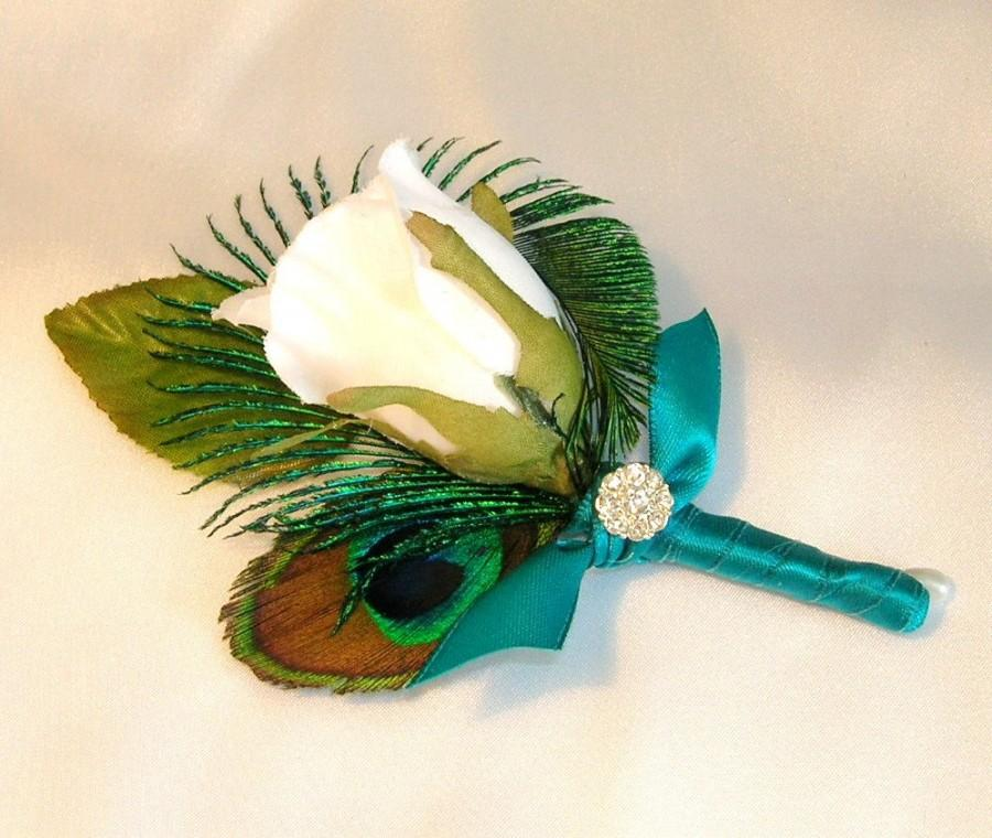 Hochzeit - Peacock Wedding Boutonniere, White Rose Bud, Peacock Eye Feather and a Peacock Sword Feather