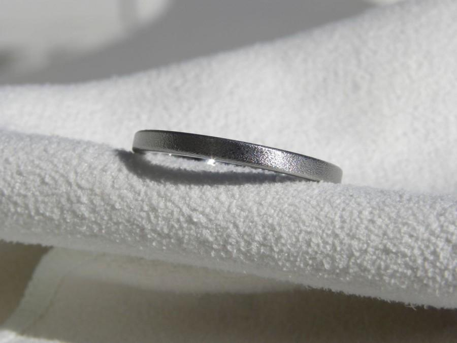 Свадьба - Titanium Ring, Flat Profile Narrow Band Burnished Finish