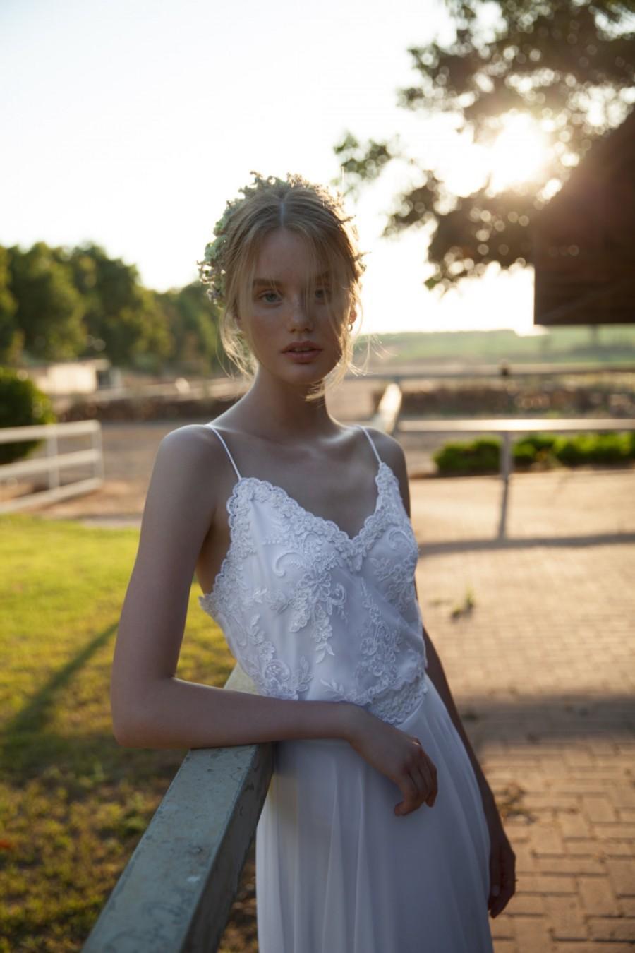 Свадьба - V neck line wedding dress, Lace wedding dress, Straps wedding dress, Romantic wedding dress, Jessa Wedding Dress