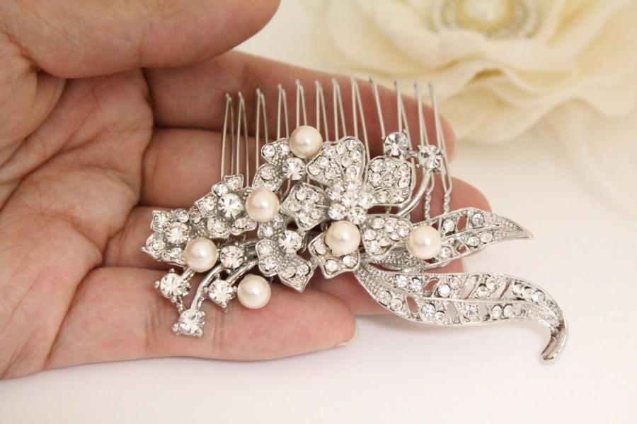 Mariage - Bridal hair comb flower Wedding hair comb pearl Bridal hair comb vintage Wedding hair piece Wedding hair accessory  bridal comb wedding comb
