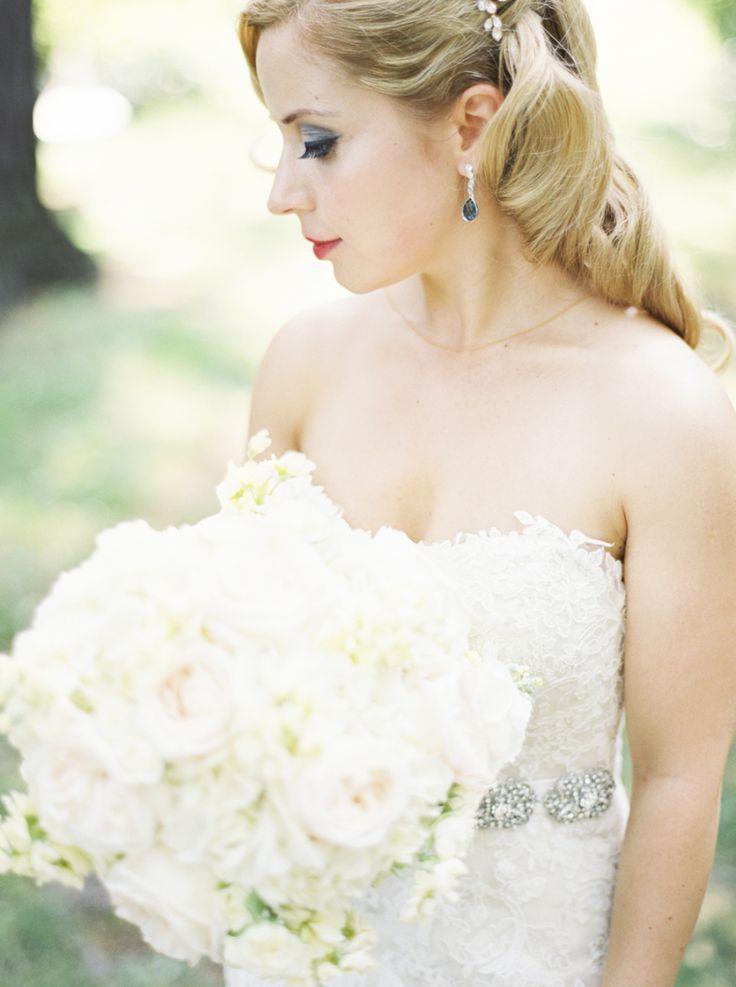 Hochzeit - A Wedding That Brings Gatsby Glamour Outdoors