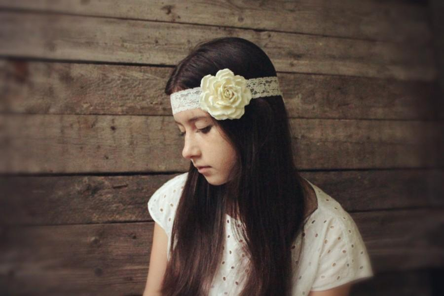 Mariage - Three in one: corsage, necklace or headband. Wear it, as you like it.  Ivory  rose.