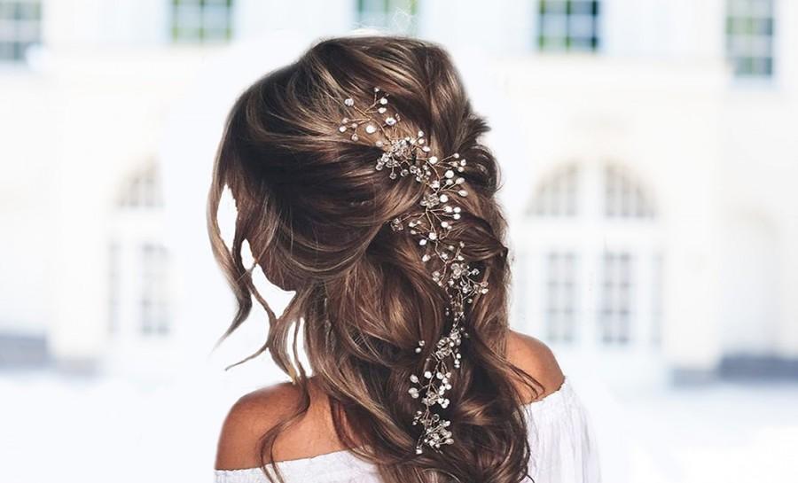 Wedding - Gold hair halo for bride to be. Boho hair halo pearls. Weddings wreath. Bride head accessory. Bridal hair wreath accessory. Bride hair vine