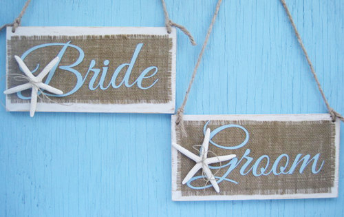Mariage - Starfish Bride and Groom Sign- Set of 2 - Beach Starfish- Beach Burlap wedding decor-Wedding Chair Sign - Wedding Photo Prop