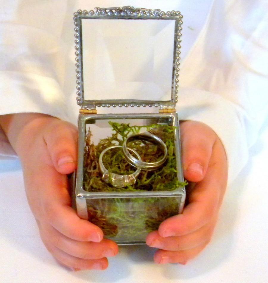 glass box, ring bearer pillow alternative, engraving space for 1