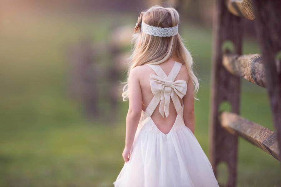 Mariage - rustic flower girl dress, big bow back dress, country lace dress, linen and lace dress, tulle flower girl dress, lace flower girl, country