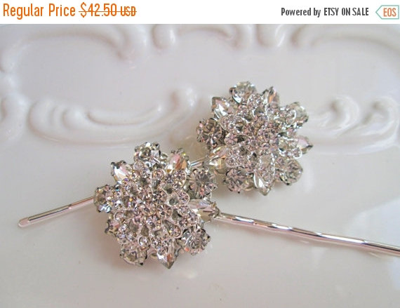 Mariage - Wedding Hair Pin set, Bridal Accessories, Crystal Flower, Hair clips, Rhinestone silver, vintage style, silver bobby pins, updo pins