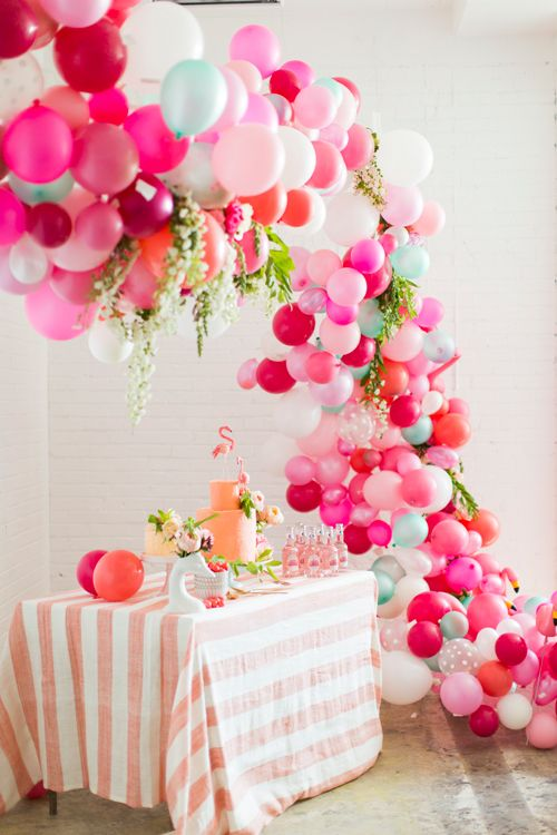 20 Beautiful Diy Balloon Decoration Ideas 2517137 Weddbook