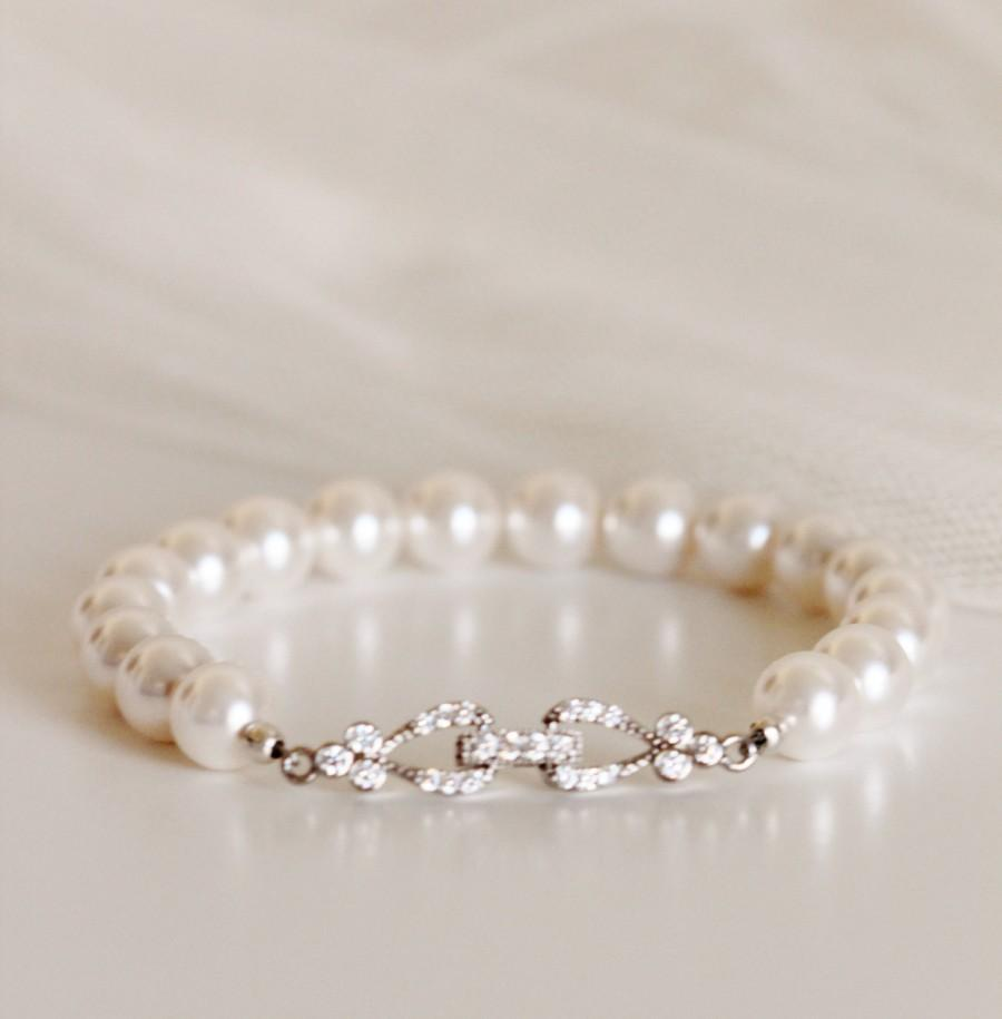 Mariage - Pearl Bridal Bracelet White Ivory Swarovski Pearl Bracelet Wedding Bridesmaid Gift Bracelet CZ Bracelet Wedding Jewelry Bridal Party Gifts