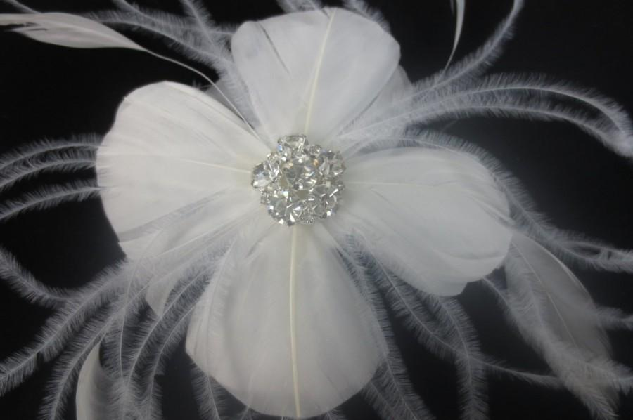 Mariage - Womens Wedding Party Ivory Feather Rhinestone Jewel Hair Clip W/ Birdcage Veil Fascinator, Bridal Head Piece