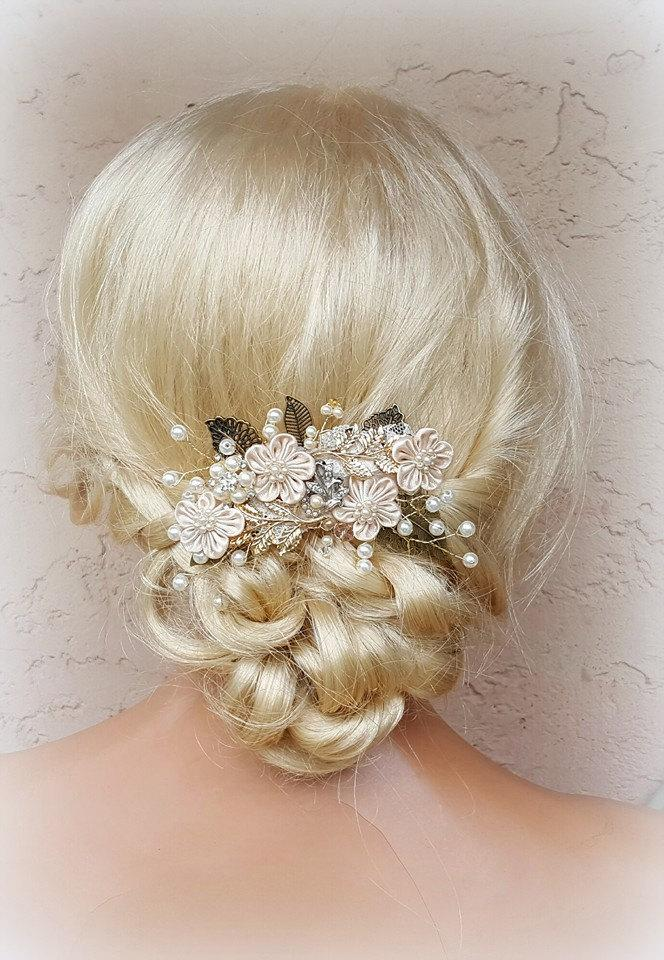 Свадьба - Bridal Hair Comb, Wedding Comb, Decorative Comb, Floral Wedding Comb, Champagne Comb, Peach, Ivory, Swarovski Crystals, Pearls, KathyJohnson