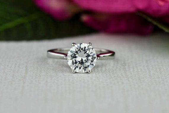 Mariage - 2 Ct Classic Solitaire Engagement Ring, Low Profile Ring, Man Made Diamond Simulant, 6 Prong Wedding Ring, Promise Ring, Sterling Silver
