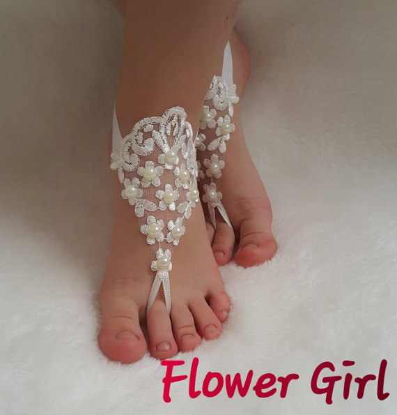 Свадьба - Flower Girl lace barefoot children's shoe flower kids embrodeired wedding bangle princess free ship pearls baby anklet girl accessory