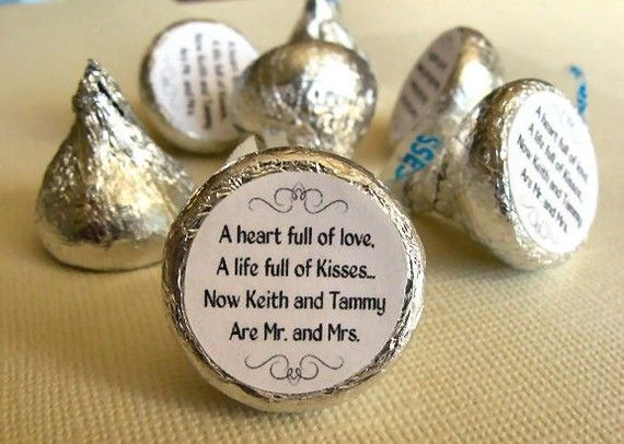 Mr. And Mrs. Kisses Stickers Personalized Round Candy Wedding Labels Favors  - Set Of 192 Stickers, 3/4