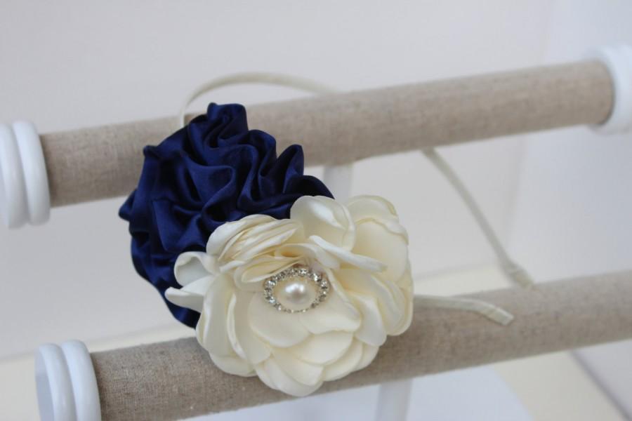 Свадьба - navy blue headbands, flower girl headbands, navy blue wedding headband, ivory headbands, navy blue and ivory girls headband, navy flowers