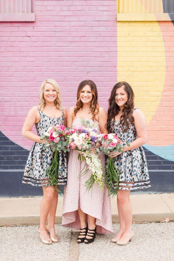 Hochzeit - Pattern Play Wedding Inspiration In Memphis