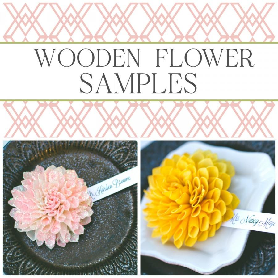 Hochzeit - SAMPLES – Wooden Flower Wedding Place Cards / Escort Cards -- Perfect for a Rustic Chic, Garden or Fall Wedding Theme