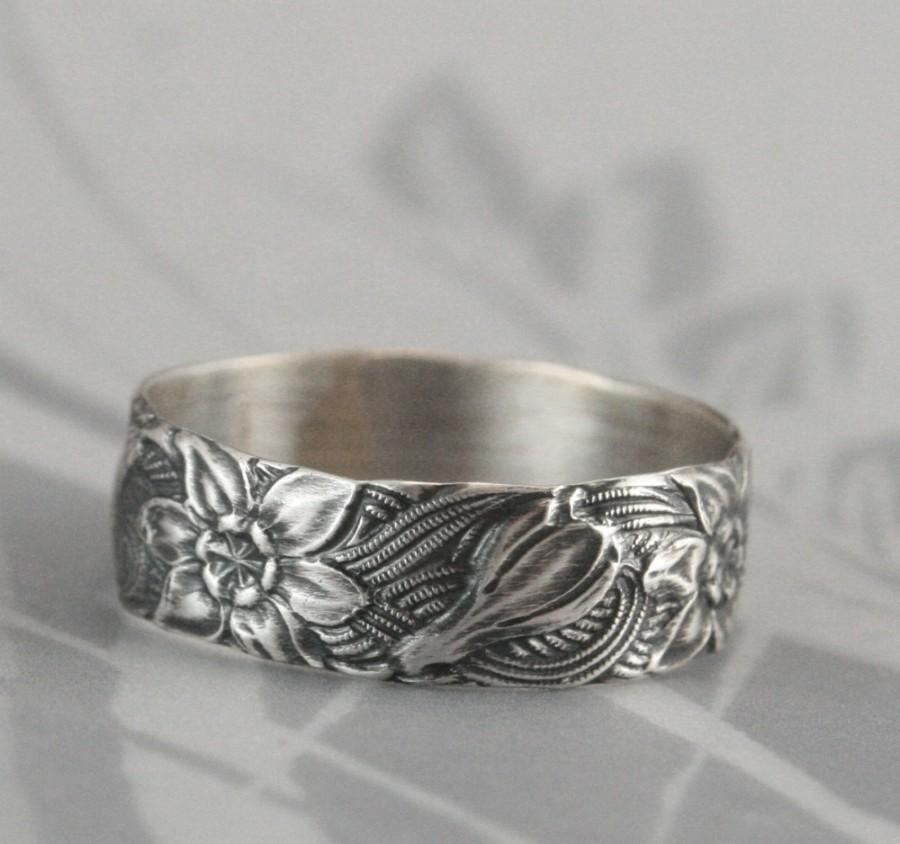 Vintage Style Band--Signs Of Spring--Silver Wedding Band