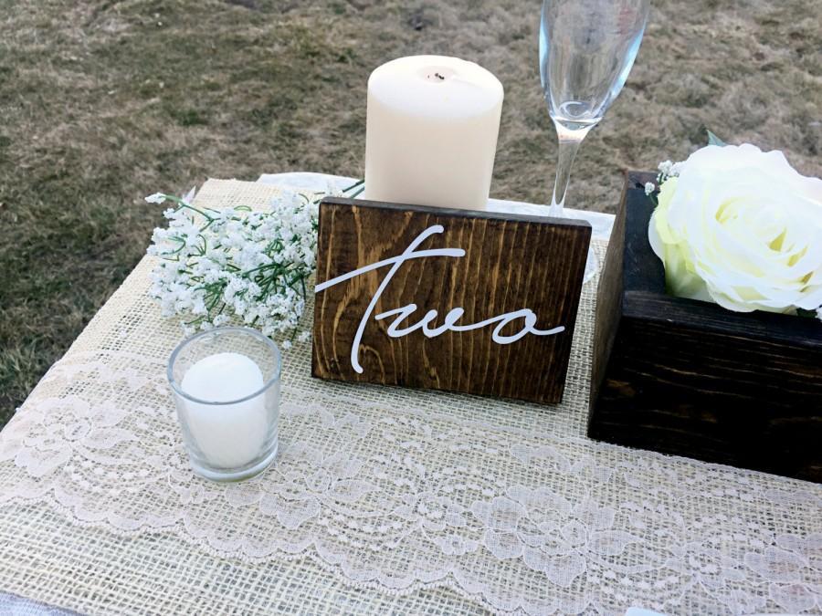 زفاف - Wedding Double Sided Table Numbers, Cursive Wooden Table Numbers, Rustic Table numbers, Wood Table Numbers, Calligraphy Table Numbers