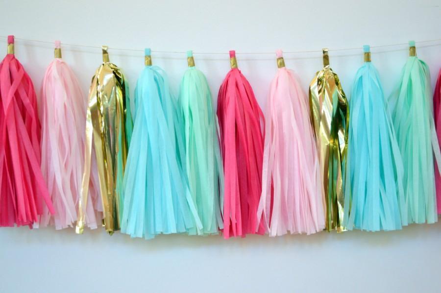 Mariage - Pastel Colored Tissue Tassel Garland - Cotton Candy Garland - 28 Tassels on 8' of Twine