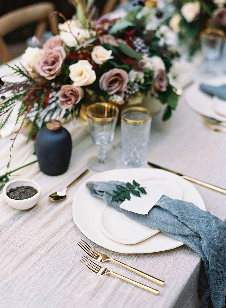 Hochzeit - Lush Bridal Inspiration At Maui's Haiku Mill