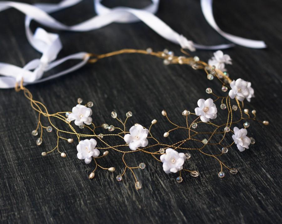 Свадьба - 32_White wedding hair accessories, Flower crown, Flower hair piece, Flower tiara, Crowns, Wedding crown, Flower hair accessories, Flowers.