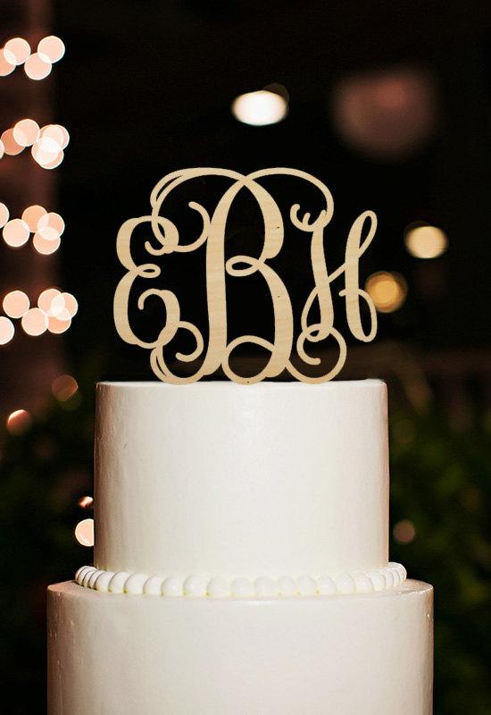 Hochzeit - Monogram Cake Topper,Custom Initial Cake Topper,Wedding Cake Topper,Wood Cake Topper,Script Monogram Cake Toppers