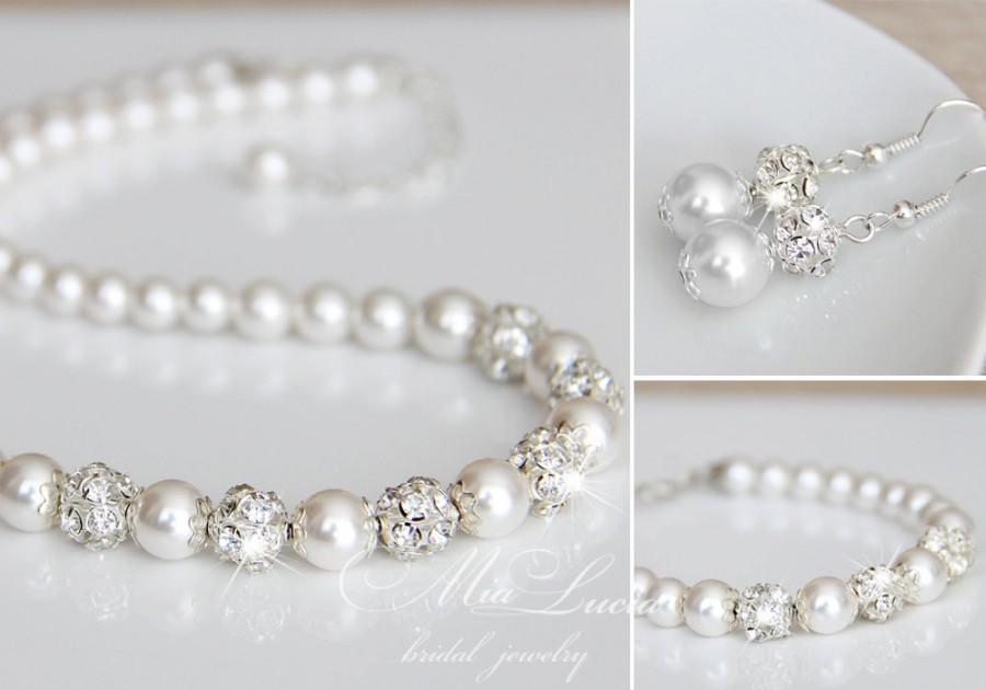 Mariage - Bridal Jewelry Set, Swarovski Pearl Bridal Jewelry Set, Necklace Earrings Bracelet Set, Pendant art. art. 187 Belissima