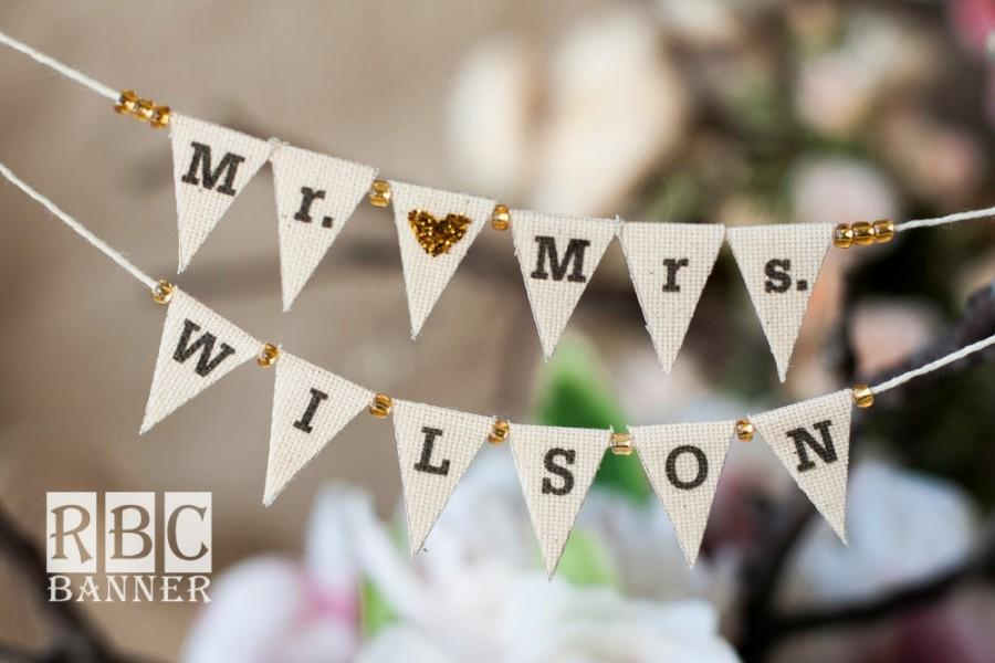 Hochzeit - Mr. & Mrs. Personalized   Cake  Banner / Wedding Cake Topper/ Glitter Banner with beads
