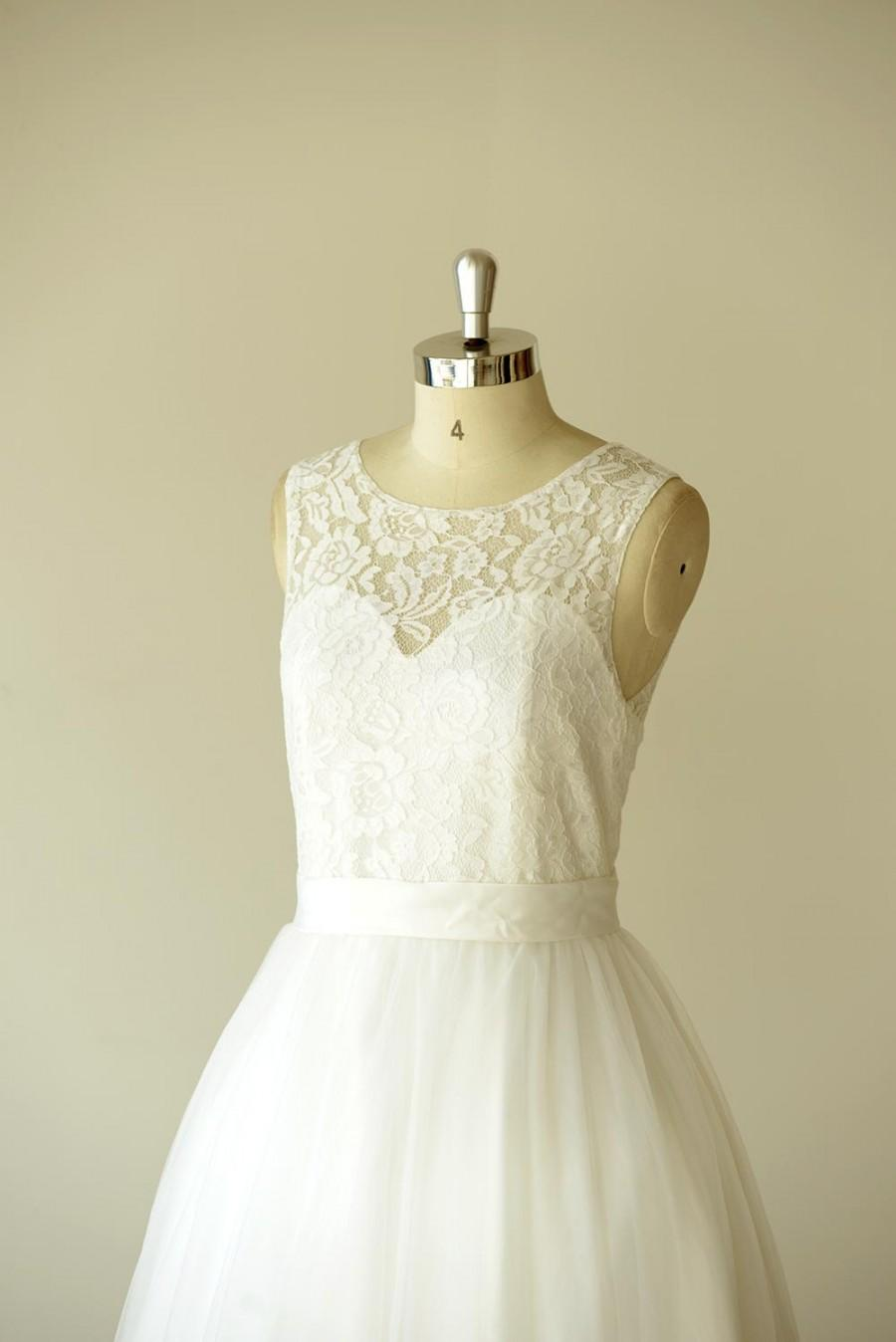 Boda - Lace Wedding Dress Sheer Neckline with Waistband Keyhole Back Floor Length