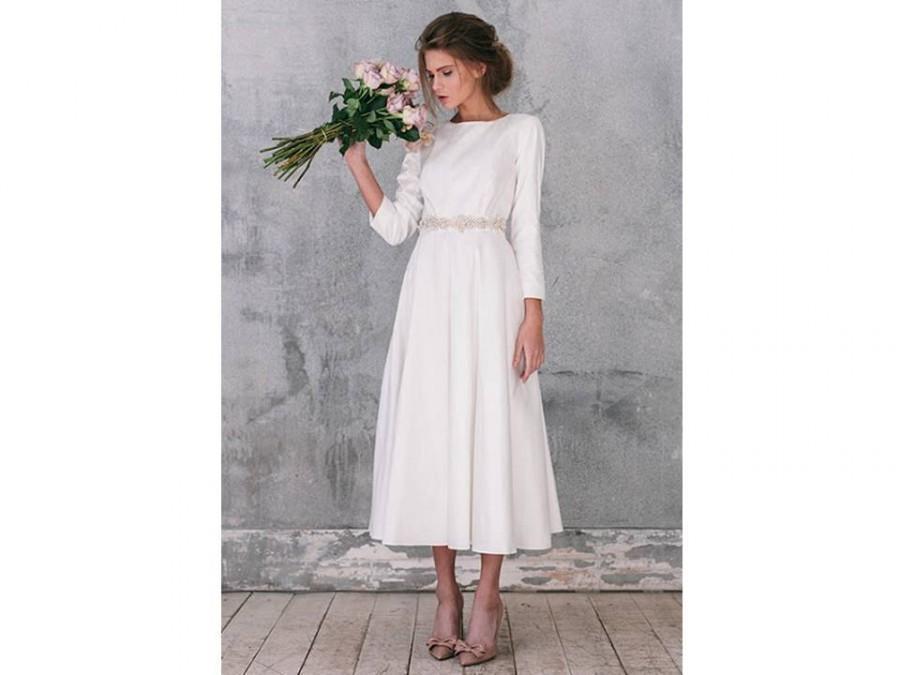 Hochzeit - Wedding dress  long sleeve wedding dress with sleeves wedding dress Long sleeve Wedding dress bridal gown with sleeves bridal gown