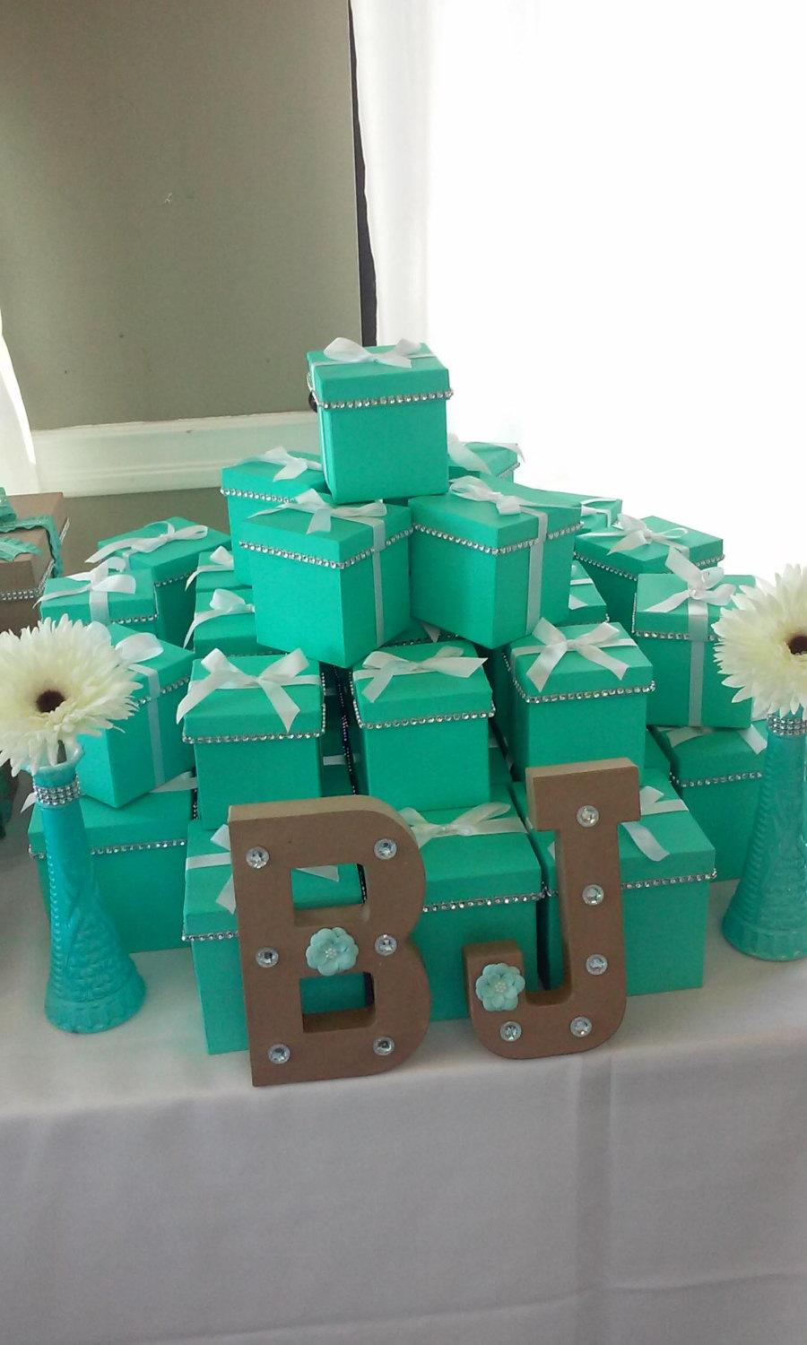 Свадьба - One dozen favor boxes perfect for your next big event either wedding bridal party or birthday party