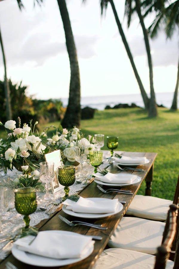 Mariage - Stylish Hawaiian Wedding At White Orchid Beach House