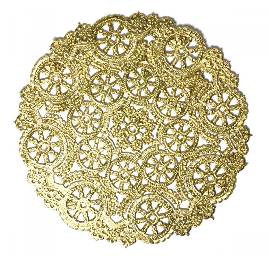Hochzeit - 25 Gold 12 inch doilies, gold foil dollies perfect for weddings, showers and New Years Eve celebrations.
