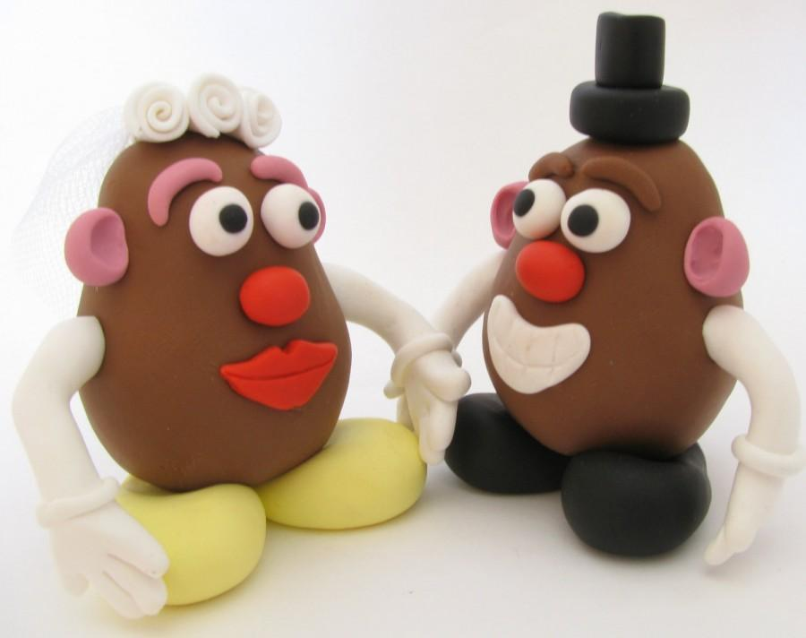 Hochzeit - Mr and Mrs potato head wedding cake topper