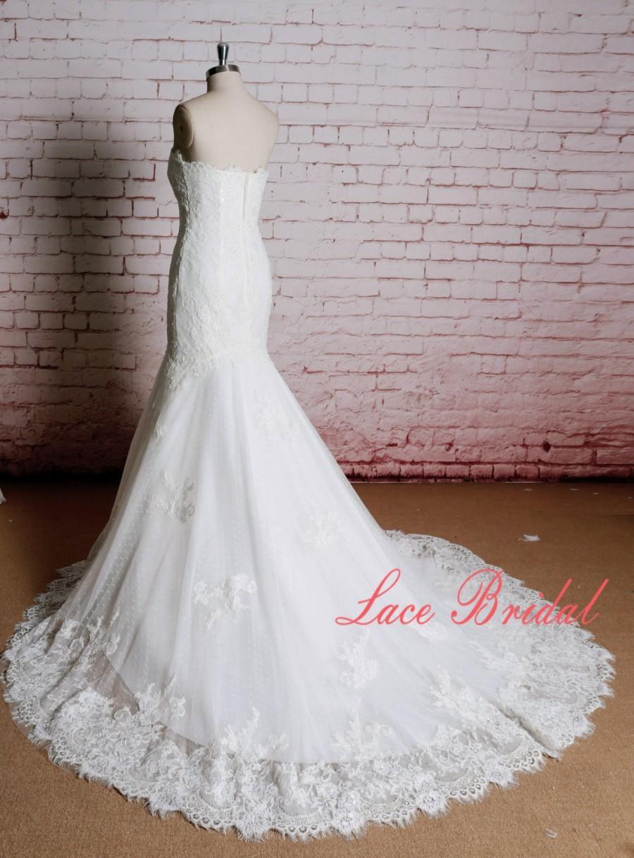 Свадьба - Sweetheart Neckline Wedding Dress Mermaid Style Bridal Gown with Chapel Train Elegant Lace Bridal Gown Ivory Wedding Dress