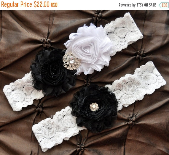 ON SALE Wedding Garter Bridal Set